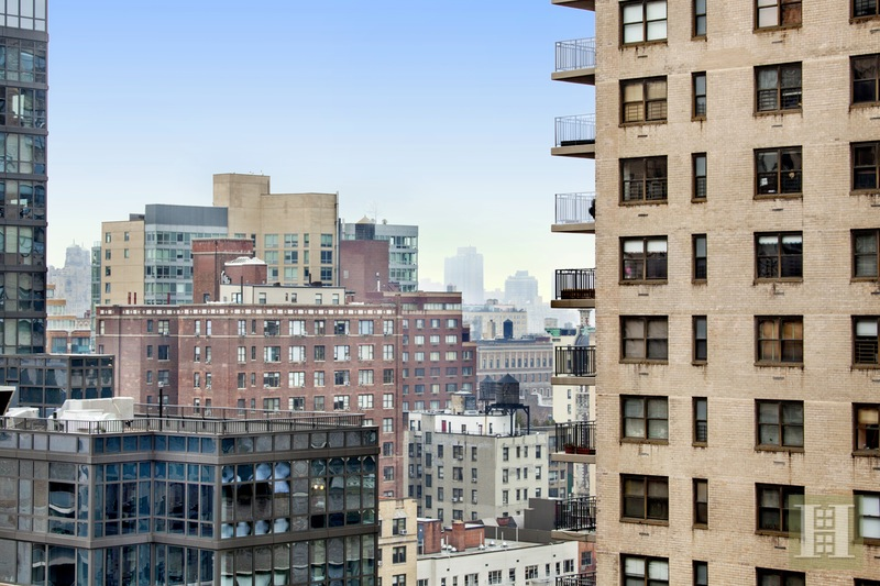 185 WEST END AVENUE 21K, Upper West Side, $499,000, Web #: 16058720