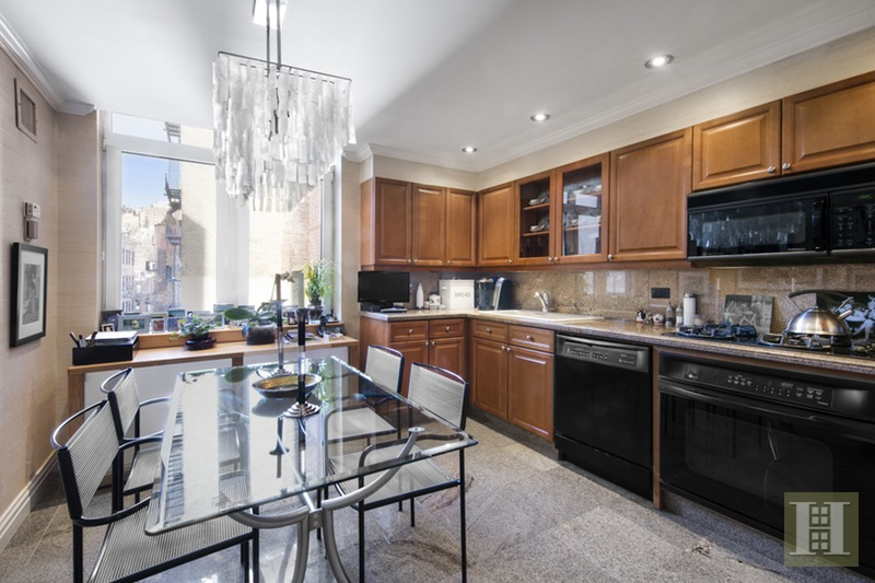 188 EAST 78TH STREET, Upper East Side, $1,850,000, Web #: 16074638