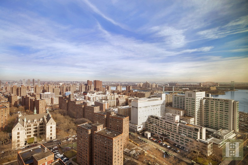 215 EAST 96TH STREET 30A, Upper East Side, $1,025,000, Web #: 16079513