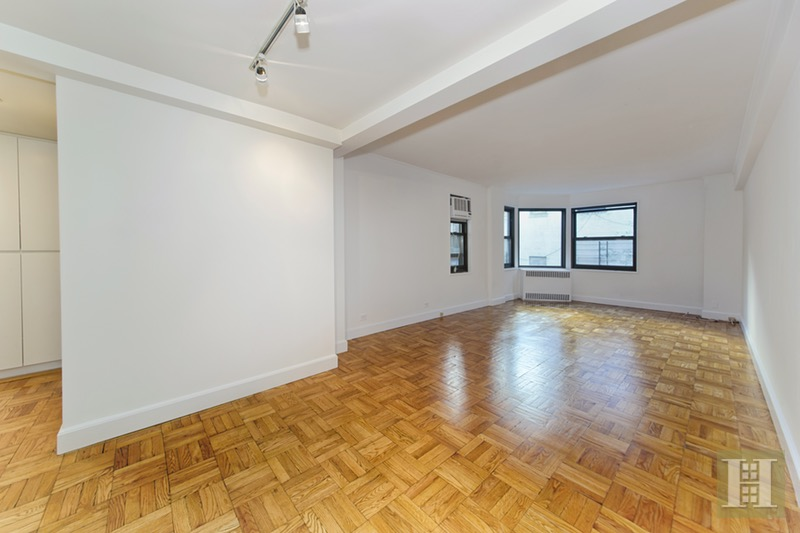 425 EAST 79TH STREET 3L1, Upper East Side, $595,000, Web #: 16158523