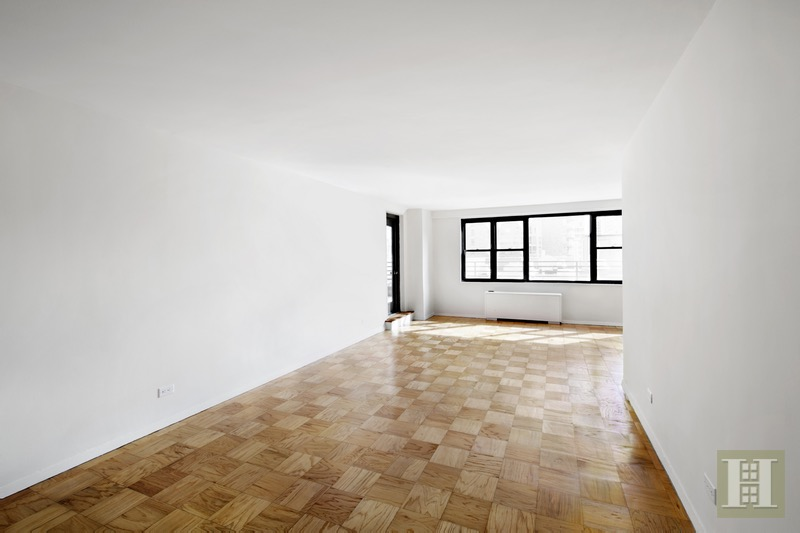 165 WEST 66TH STREET 15P, Upper West Side, $1,199,000, Web #: 16231344