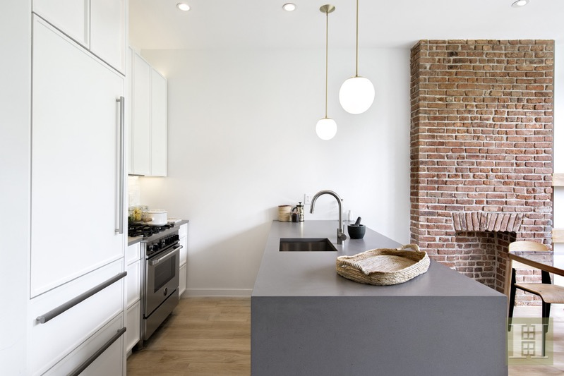 136 NORTH 8TH STREET 3, Williamsburg, $1,250,000, Web #: 16313927