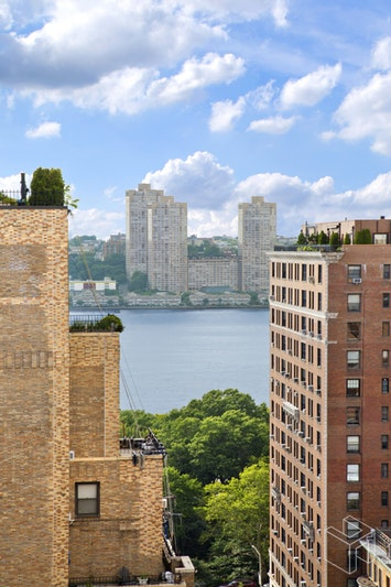 310 WEST END AVENUE 16B, Upper West Side, $2,350,000, Web #: 16347180