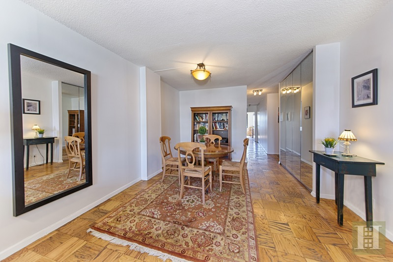 200 EAST 24TH STREET 1609, Gramercy Park, $717,500, Web #: 16383676