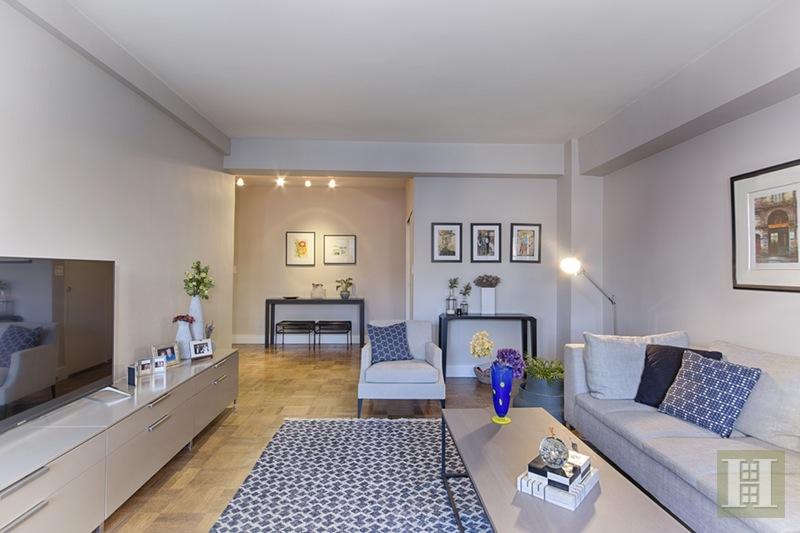 165 EAST 72ND STREET 10D, Upper East Side, $1,049,000, Web #: 16390693