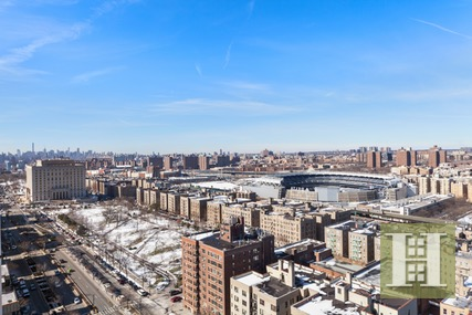 1020 Grand Concourse 24e 24e, Bronx, NY - USA (photo 1)
