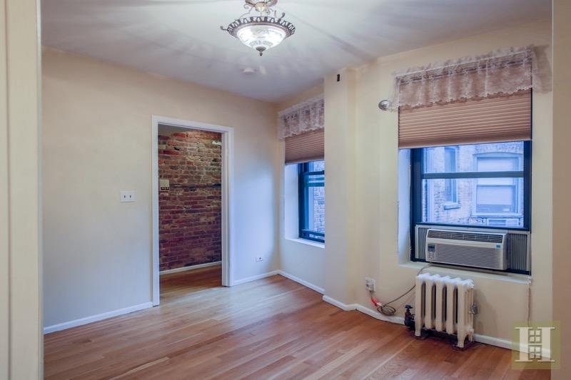 334 EAST 65TH STREET, Upper East Side, $359,900, Web #: 16415681