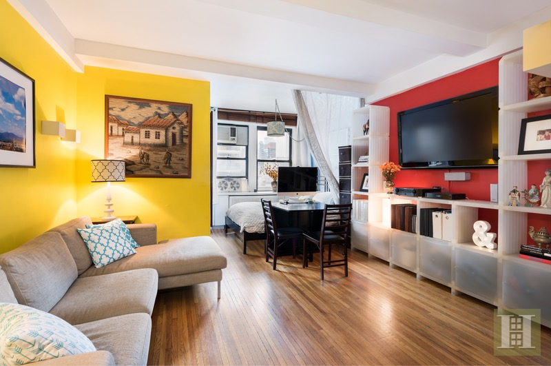 457 WEST 57TH STREET 804, Midtown West, $375,000, Web #: 16488746