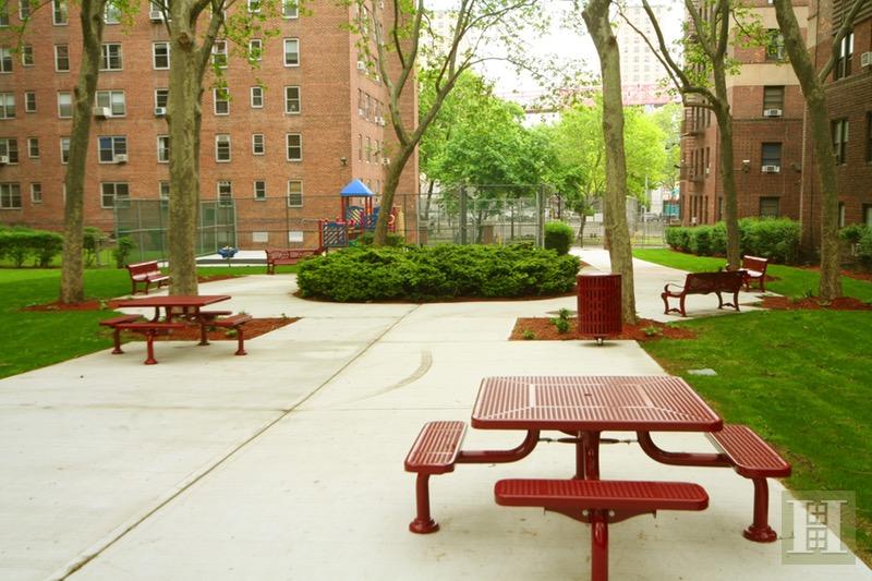530 GRAND STREET, Lower East Side, $899,000, Web #: 16492901