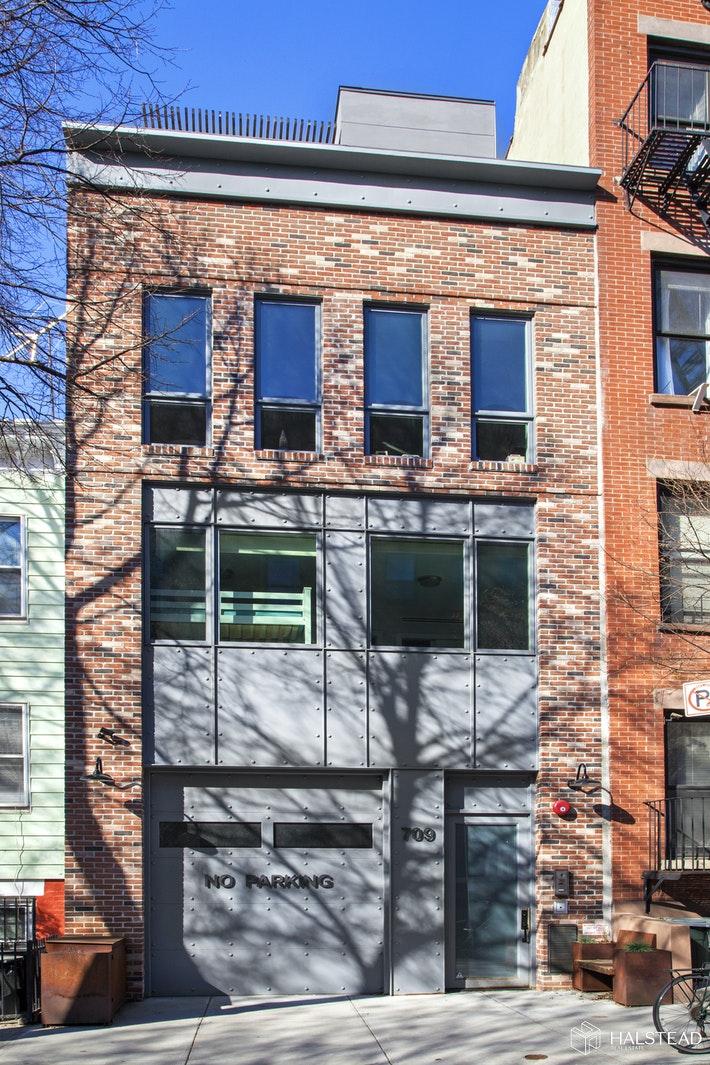 709 SACKETT ST 1, Park Slope, $13,500, Web #: 16523658