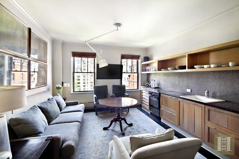 26 GRAMERCY PARK SOUTH 9B, Gramercy Park, $565,000, Web #: 16626262