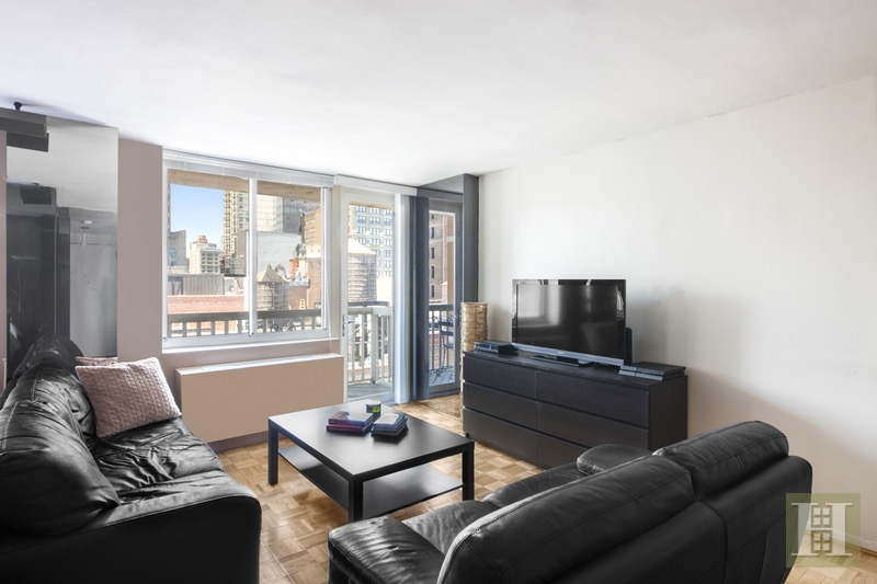 50 LEXINGTON AVENUE 21A, Gramercy Park, $675,000, Web #: 16627206
