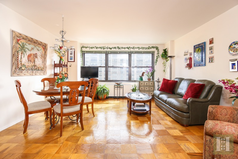 180 WEST END AVENUE 22G, Upper West Side, $750,000, Web #: 16628128