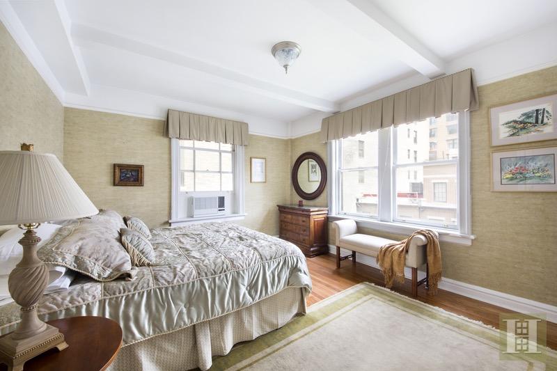 51 EAST 90TH STREET 6C, Upper East Side, $1,191,500, Web #: 16654318