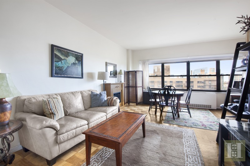 180 WEST END AVENUE 30J, Upper West Side, $569,000, Web #: 16678738