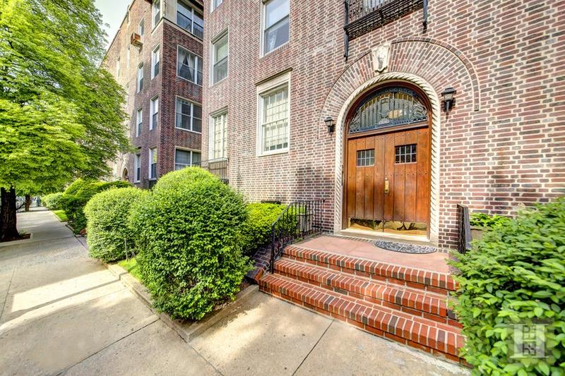 37 -45 84TH STREET 32, Jackson Heights, $440,000, Web #: 16690085