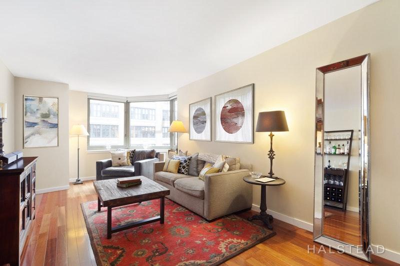 121 EAST 23RD STREET 6D, Gramercy Park, $1,699,000, Web #: 16783425