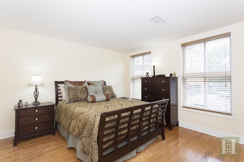 812 GRAND STREET, Hoboken, $709,000, Web #: 16785452