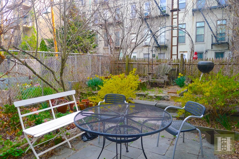 174 SACKETT STREET 1, Carroll Gardens, $2,475, Web #: 16798016