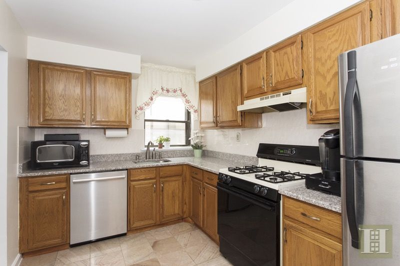 2787 KENNEDY BLVD 213J, Jersey City Downtown, $355,000, Web #: 16802251