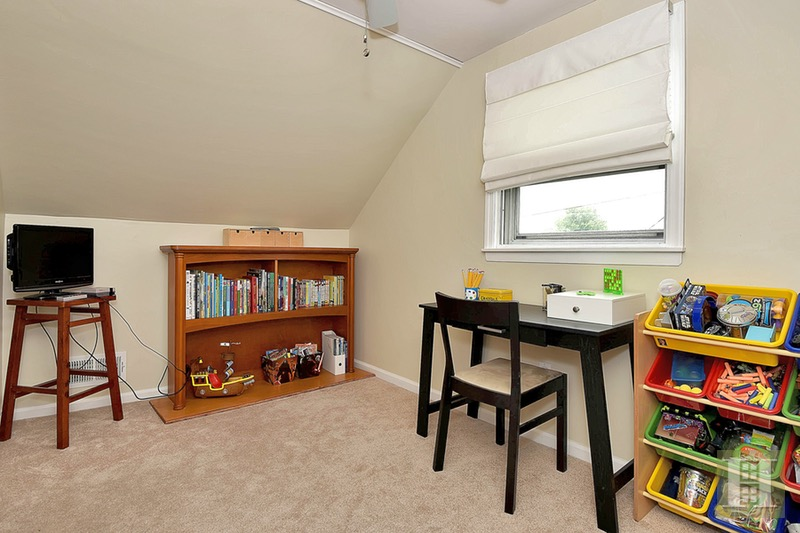 76 HARRINGTON ROAD, Clifton, $325,000, Web #: 16803686