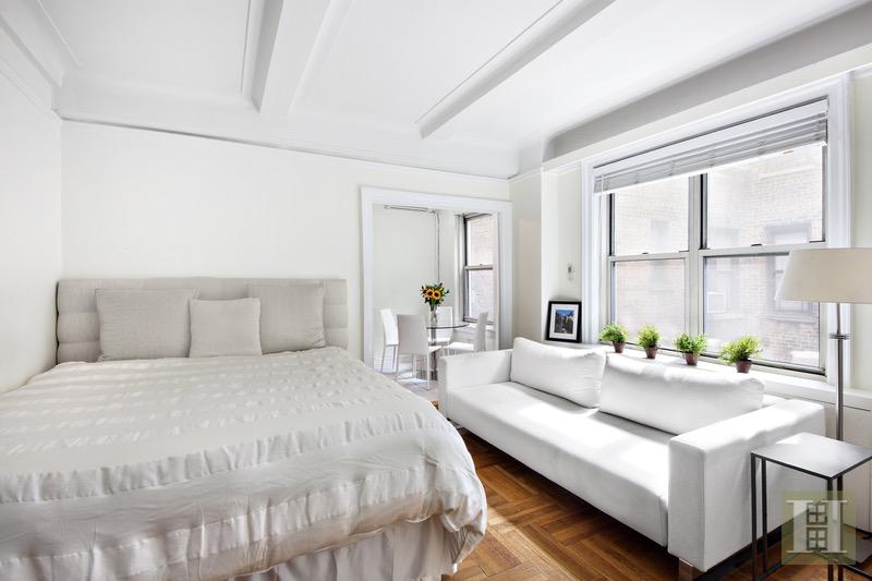 25 WEST 64TH STREET 8C, Upper West Side, $440,000, Web #: 16818819