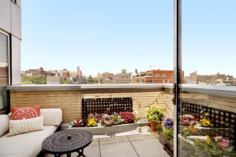 2280 FREDERICK DOUGLASS 11E, Central Harlem, $3,800, Web #: 16849035