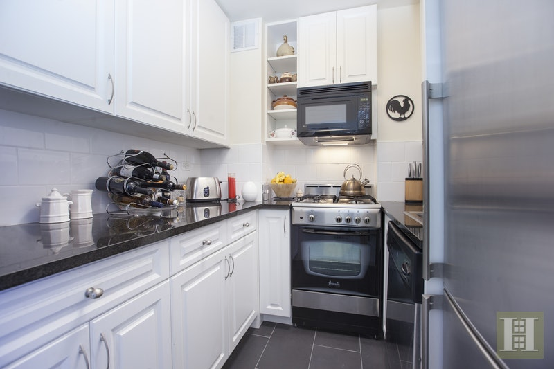 333 EAST 66TH STREET 7R, Upper East Side, $475,000, Web #: 16865106