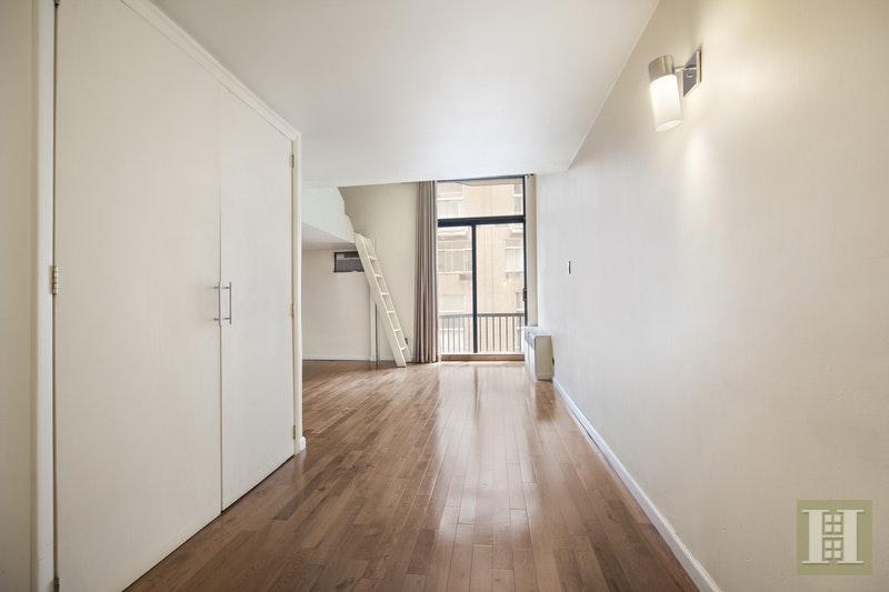 215 EAST 24TH STREET 208, Gramercy Park, $449,000, Web #: 16871615