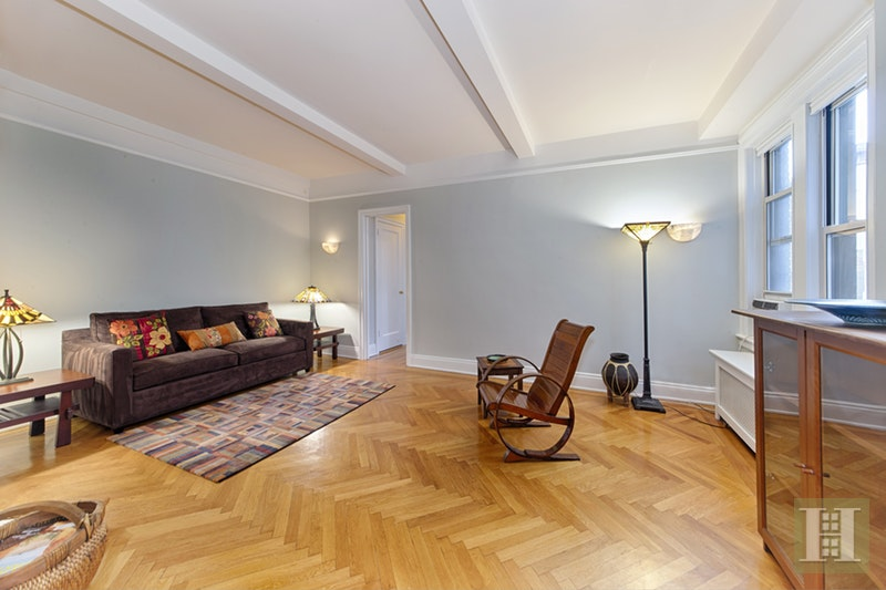 320 RIVERSIDE DRIVE 10F, Upper West Side, $799,000, Web #: 16891421