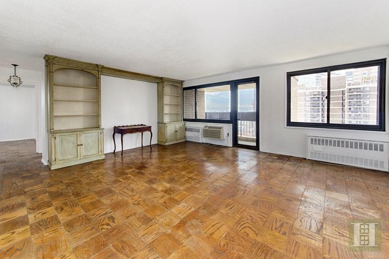 333 PEARL STREET 24C, Lower Manhattan, $1,035,000, Web #: 16906843