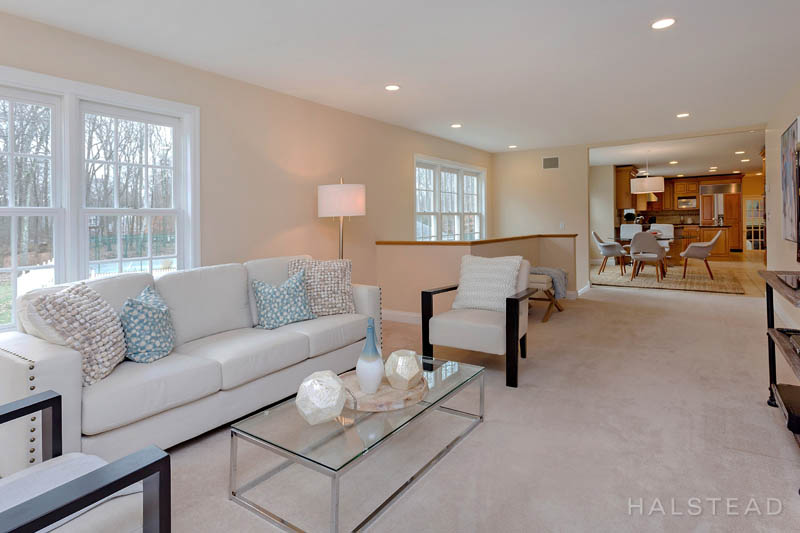 10 SNOWBERRY LANE, New Canaan, $1,825,000, Web #: 170011732
