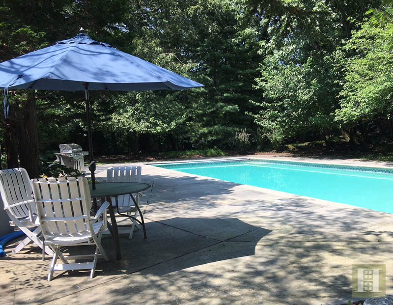 13 DOGWOOD LANE, Westport, $1,899,000, Web #: 170011748