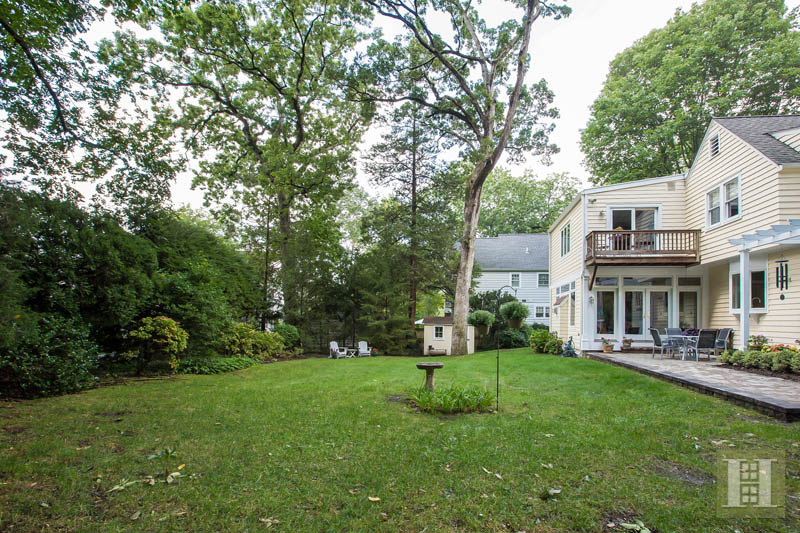 86 MIDDLESEX ROAD, Darien, $1,149,500, Web #: 170012271
