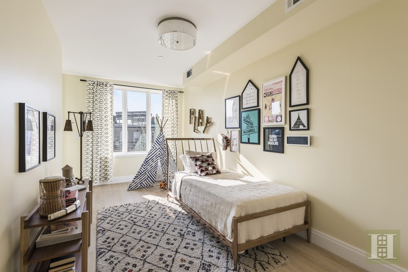 98 16TH STREET 3, Park Slope, $1,650,000, Web #: 17001483