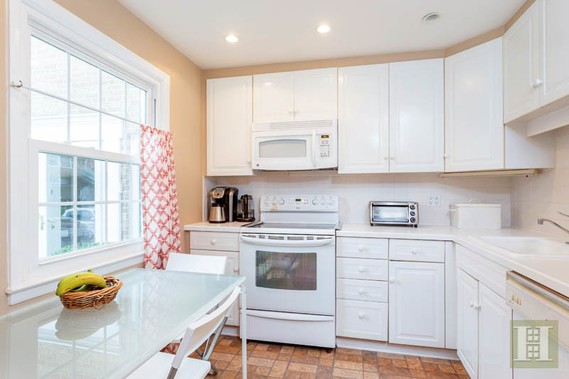 67 HERITAGE HILL ROAD, New Canaan, $475,000, Web #: 170053124