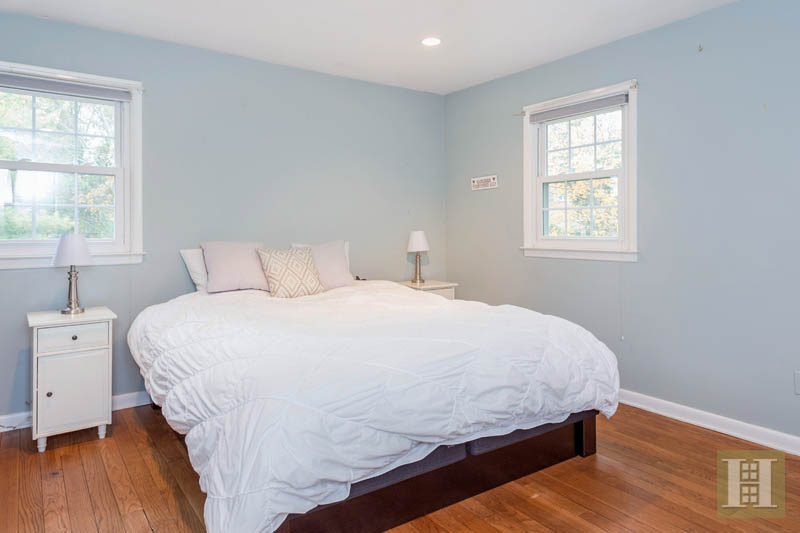 67 HERITAGE HILL ROAD, New Canaan, $489,000, Web #: 170053124