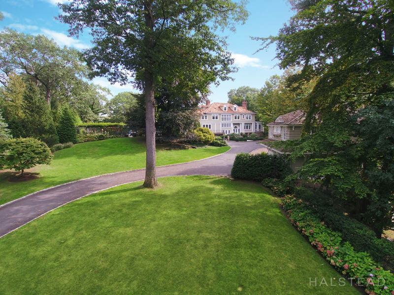 16 EAST TRAIL, Darien, $6,495,000, Web #: 170127622