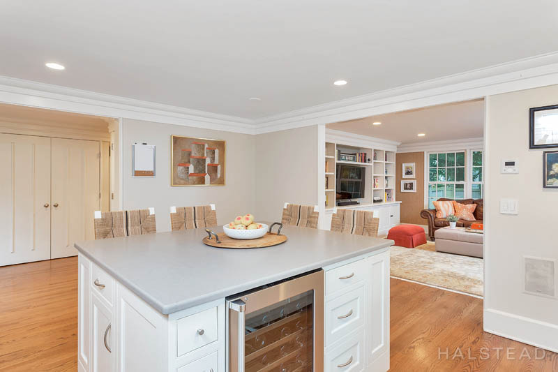 21 DEVON ROAD, Darien, $1,499,000, Web #: 170158151