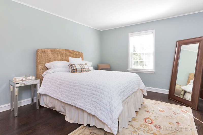 59 CAMPBELL DRIVE, Stamford, $904,000, Web #: 170236711