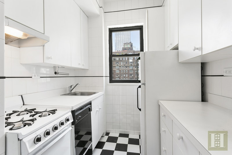 30 EAST 37TH STREET 10C, Murray Hill Kips Bay, $650,000, Web #: 17026807