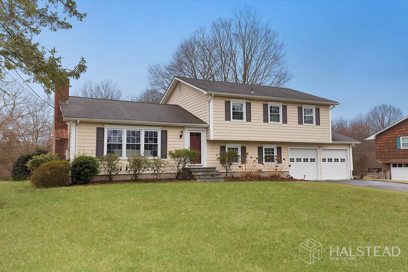 9 PHEASANT LANE, Norwalk, $675,000, Web #: 170273779