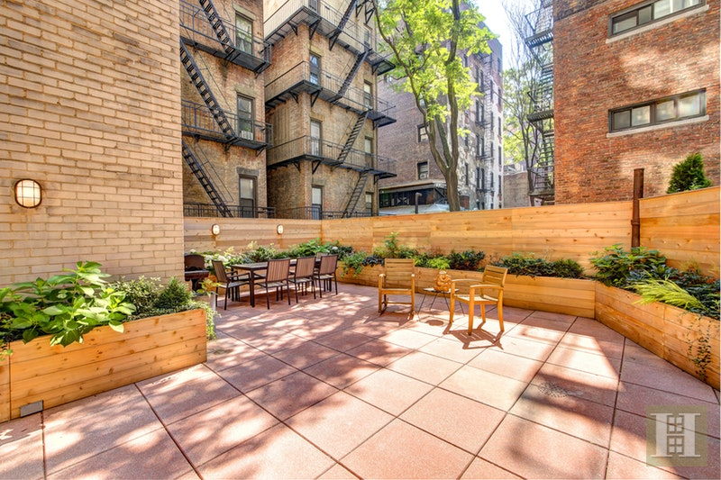 69 WEST 9TH STREET 2GH, Greenwich Village, $2,325,000, Web #: 17045656