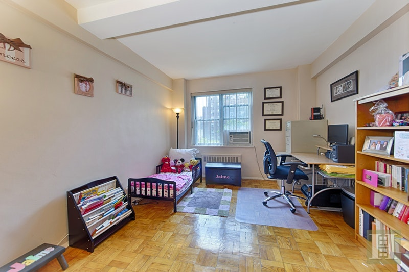 550 GRAND STREET, Lower East Side, $909,000, Web #: 17073747