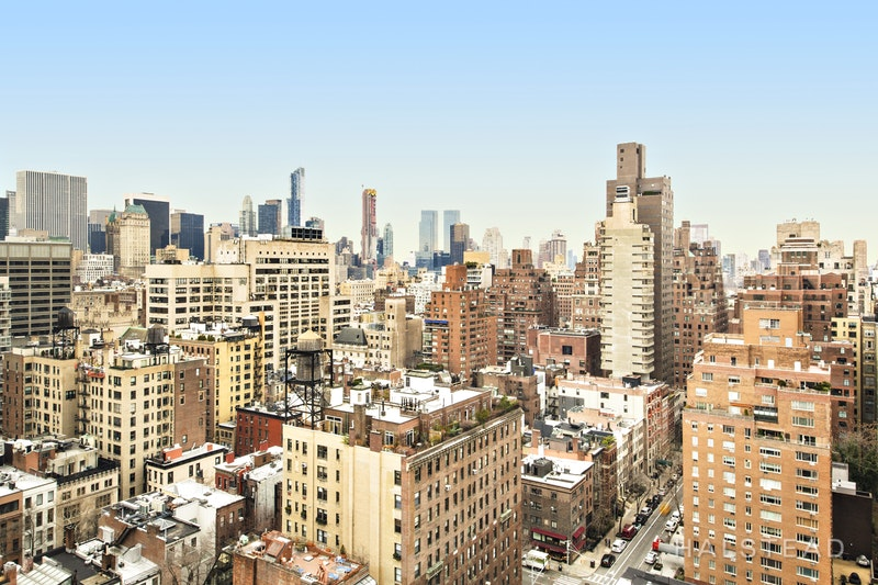 190 EAST 72ND STREET 24B, Upper East Side, $5,995,000, Web #: 17142157
