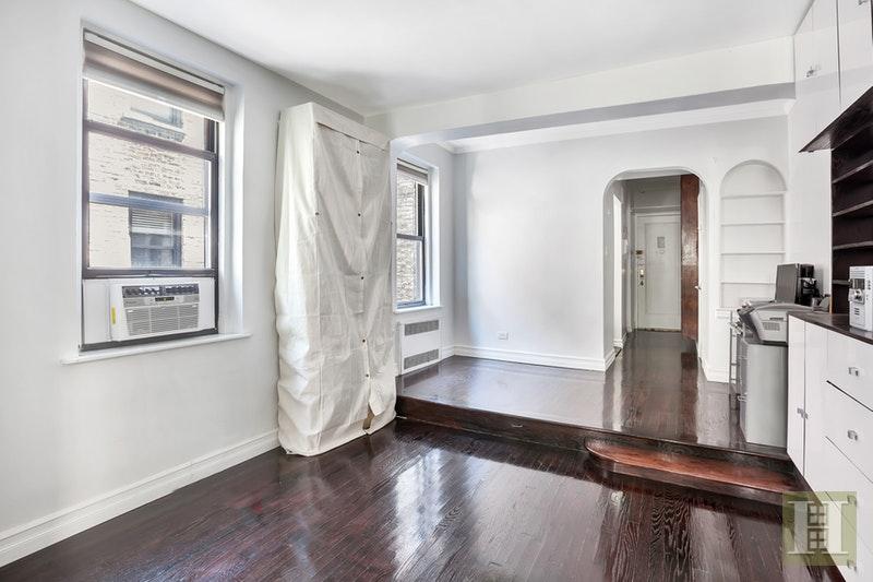 357 WEST 55TH STREET 5N, Midtown West, $529,000, Web #: 17148862