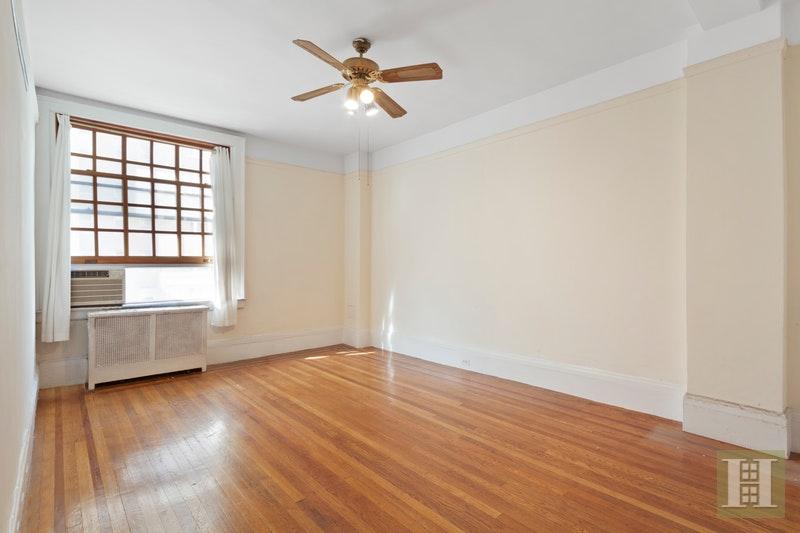527 WEST 110TH STREET 41, Upper West Side, $749,000, Web #: 17161263