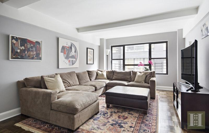 45 WEST 54TH STREET, Midtown West, $1,540,000, Web #: 17193940