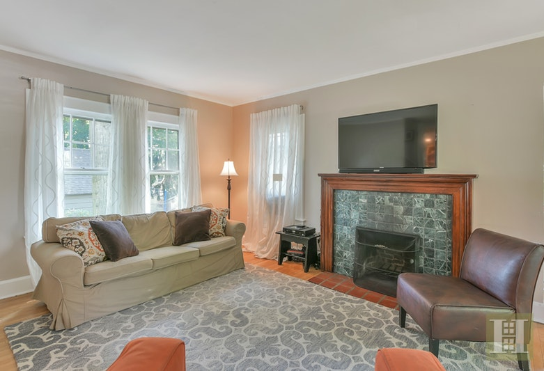 405 NORTH FULLERTON AVENU, Montclair, $599,000, Web #: 17194958