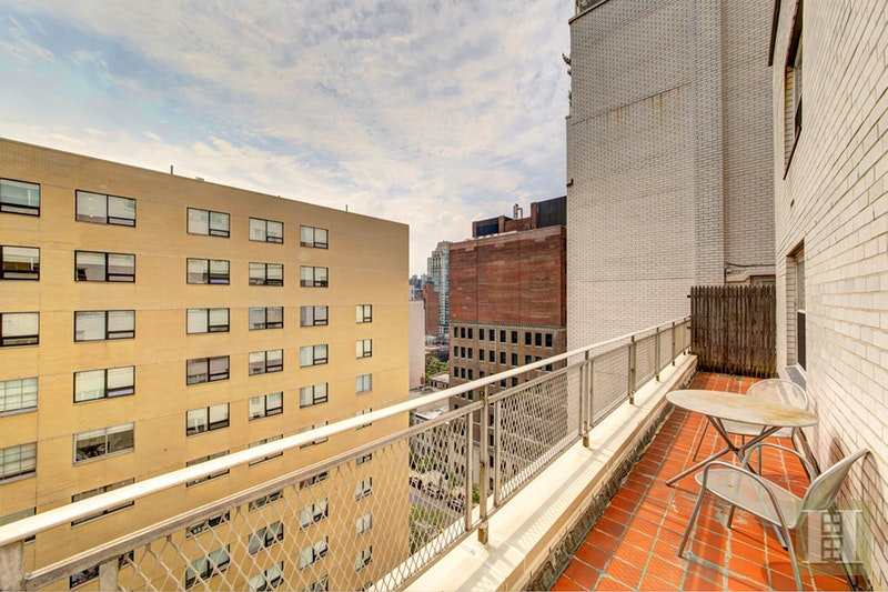 201 EAST 79TH STREET 17A, Upper East Side, $995,000, Web #: 17231917